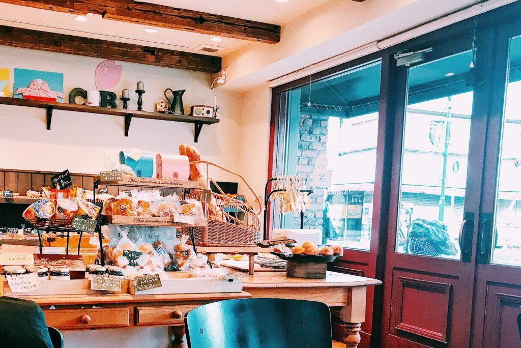 四ツ木のパン屋さん長楽製パンの店内
