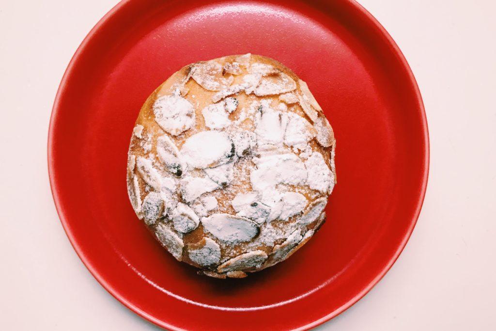 森パンのクリームパン